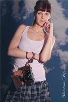 Model Greta Nora