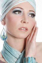 Model Iris (MK Luca Twentynine)