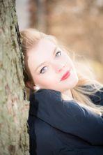 Model Melanie Ma Outdoor