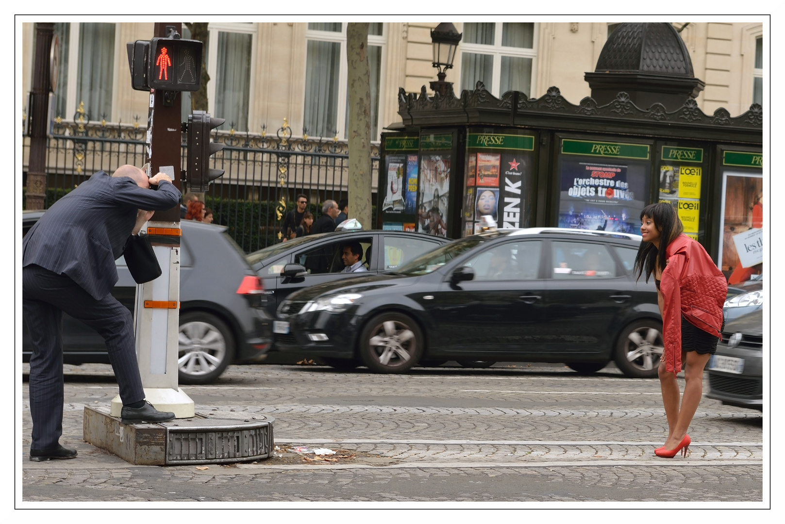 Model shooting on Champs-Elysées