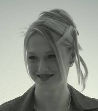 Model Tracy Davis