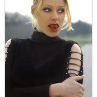 Model Valerie