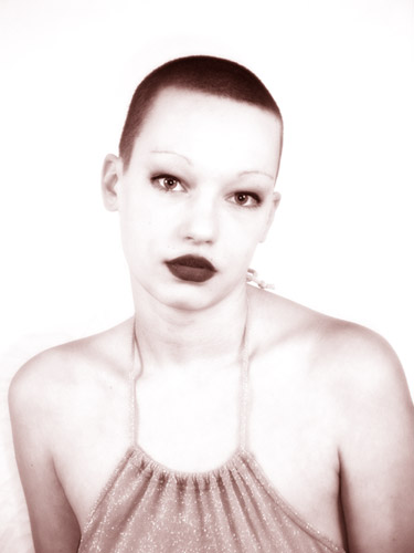 Modell Nadine