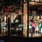 Modepaläste in der Nacht