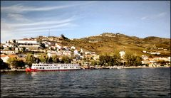 Modern boats on the old Douro river