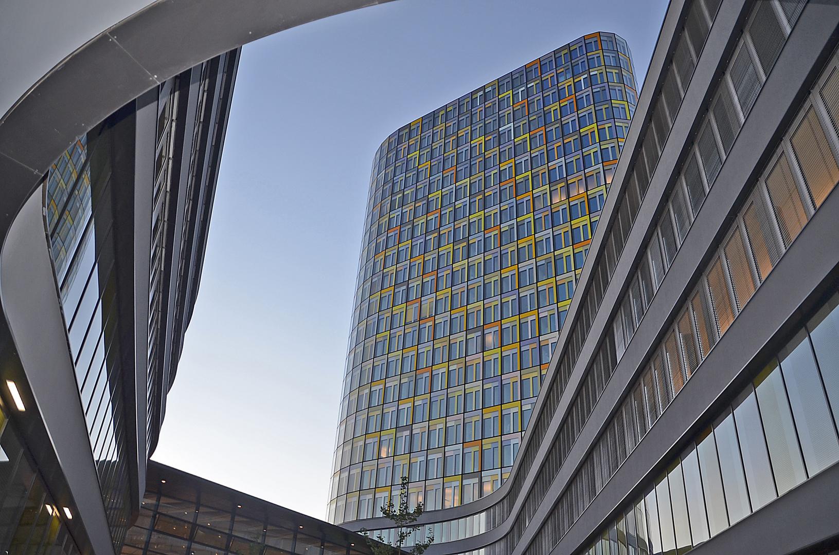 Moderne Architektur in München Foto & Bild | architektur, münchen ...