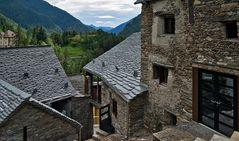Moderne Steinhäuser in Fusio