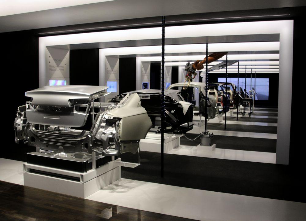 Moderner Automobilbau