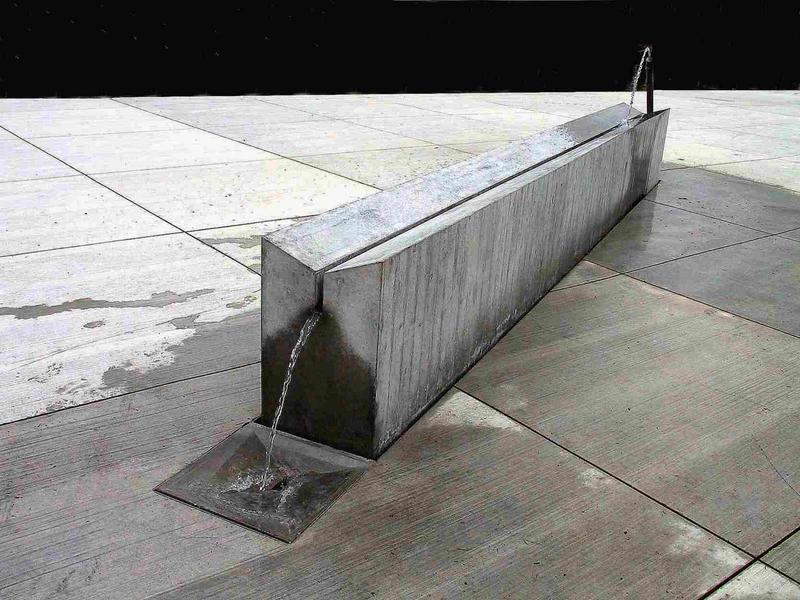 Moderner Brunnen Foto Bild Experimente Wasser Spezial
