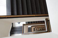 Moderner Treppenhausblick
