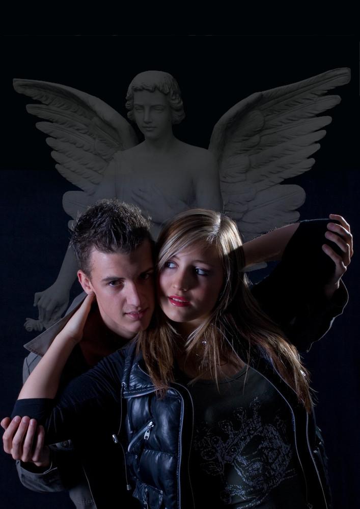 möge ein Engel mit Euch sein