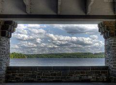 Möhnesee - Fenster mit Aussicht