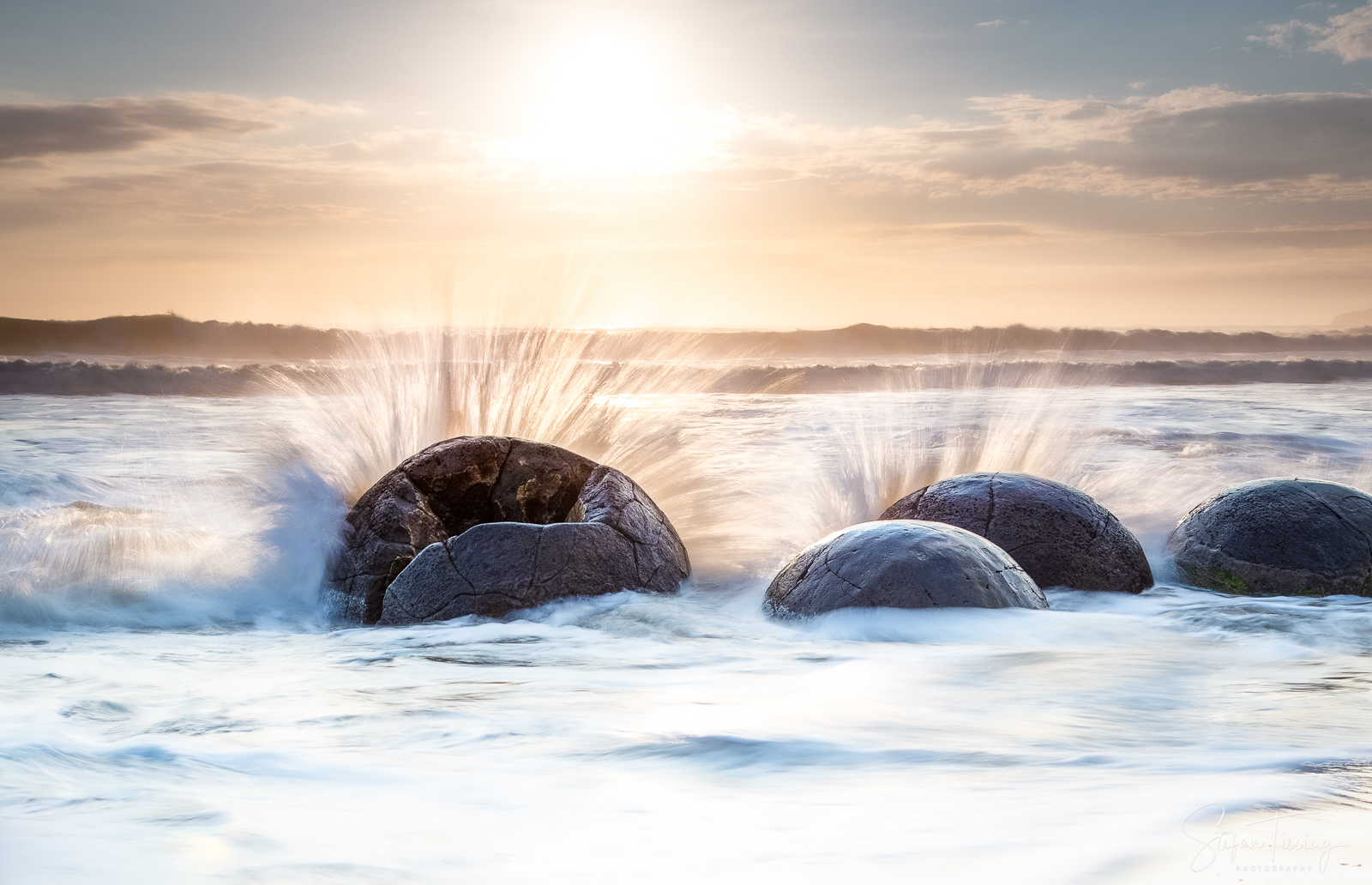 Moeraki Boulders Splashes
