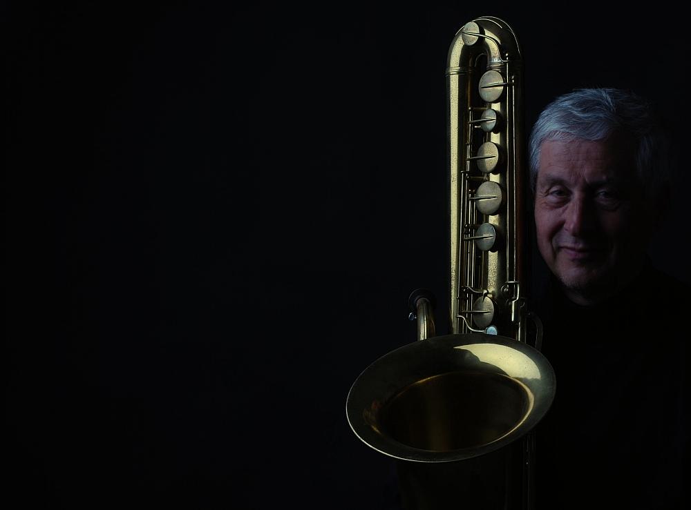 Moi avec un saxophone basse
