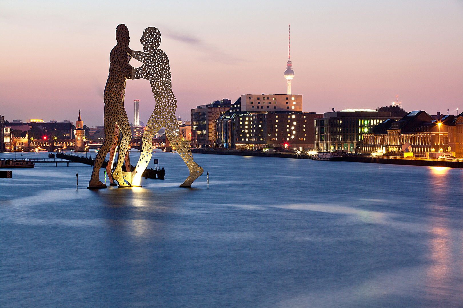 Molecule Man - Berlin