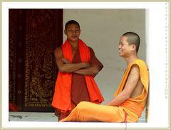 monaci in laos