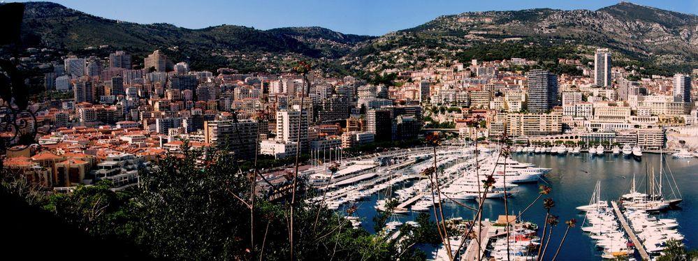 Monaco - wo die Schön(en) Reichen zu Hause sind