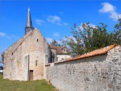 ..Monastère orthodoxe St-Grégoire  IXè siècle à Bondaroy (45)