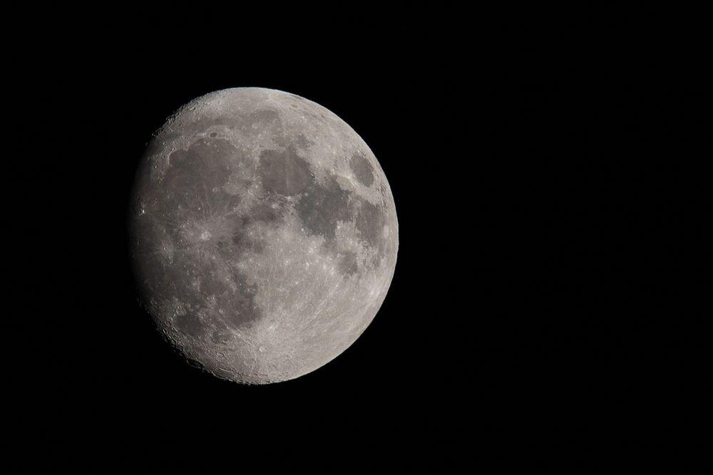 Mond-4179