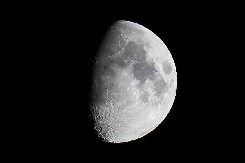 Mond am 13.10.