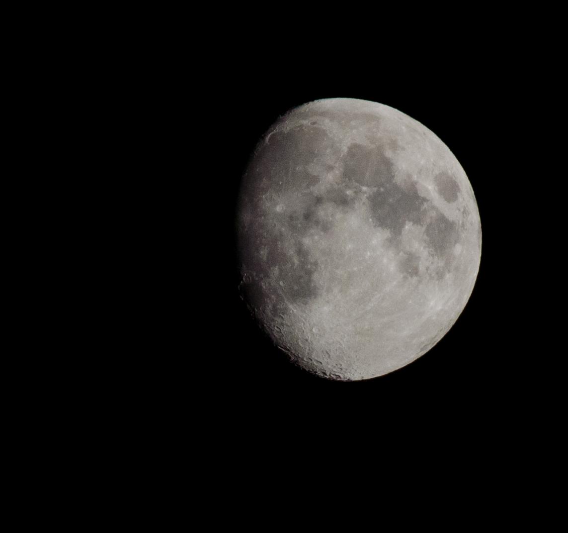 Mond am 15.10.2013