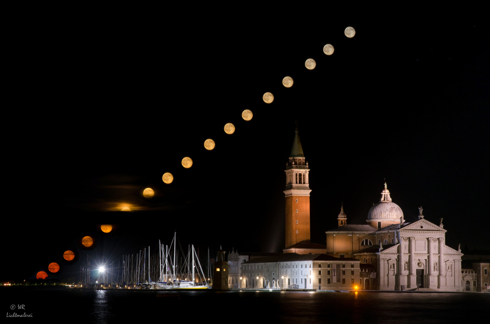 Mond in Venedig