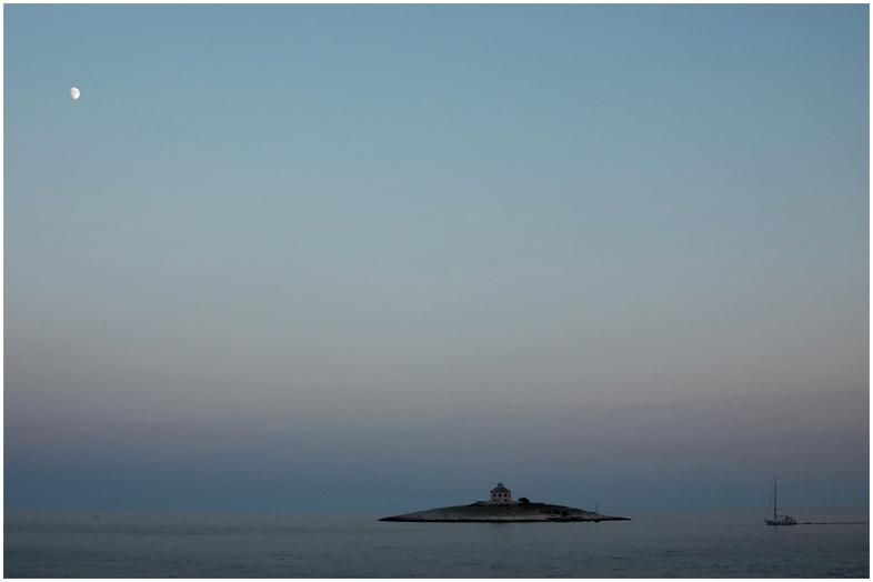 Mond _ Insel _ Boot