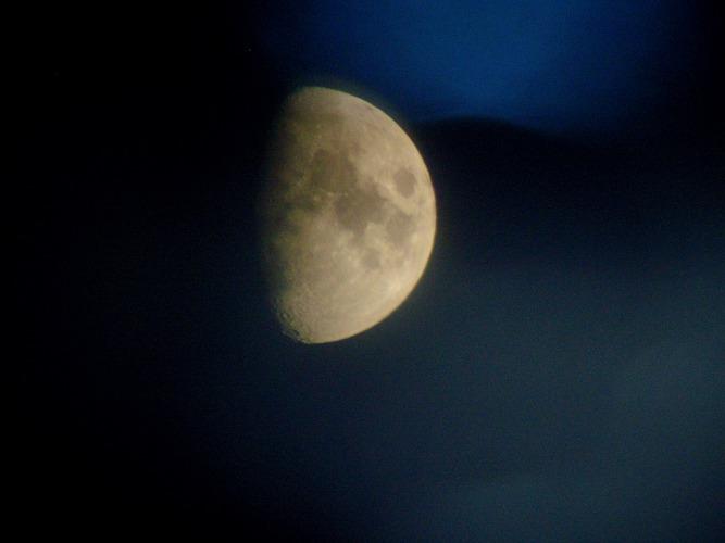 Mond mit der C1