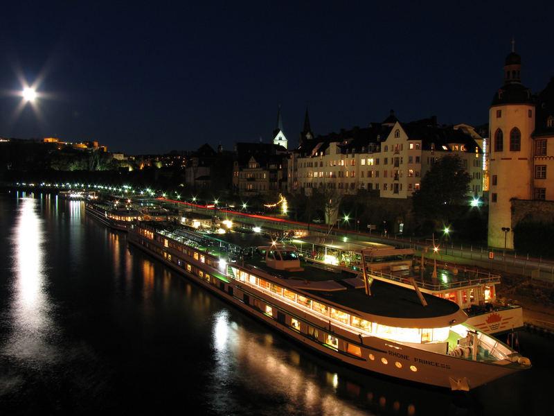 Mond über Koblenz