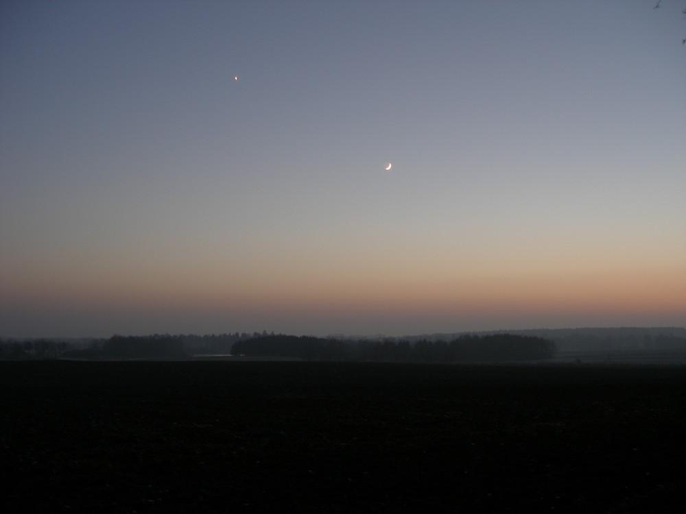 Mond und Venus...