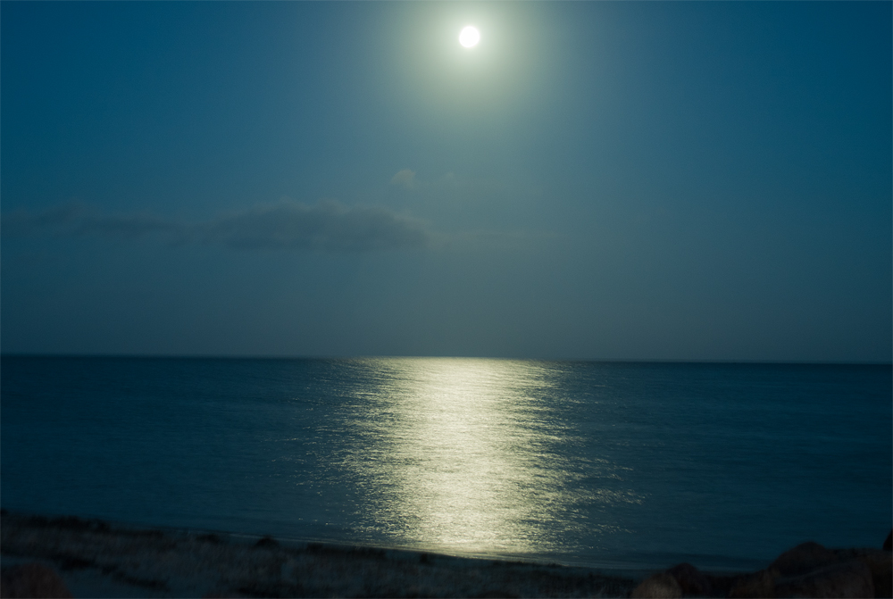 Mondaufgang an der Ostsee