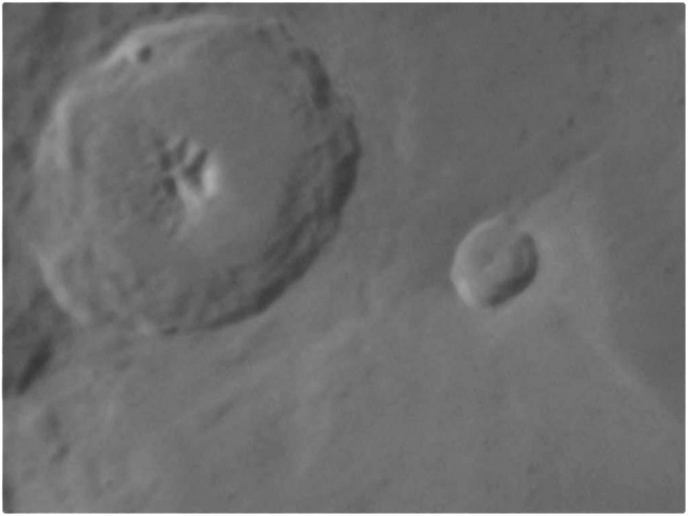 Mondkrater Theophilus im Detail