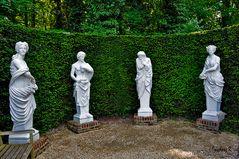 Mondo Verde - italienischer Garten - die vier Grazien