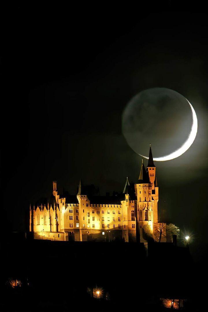 Monduntergang bei der Burg Hohenzollern