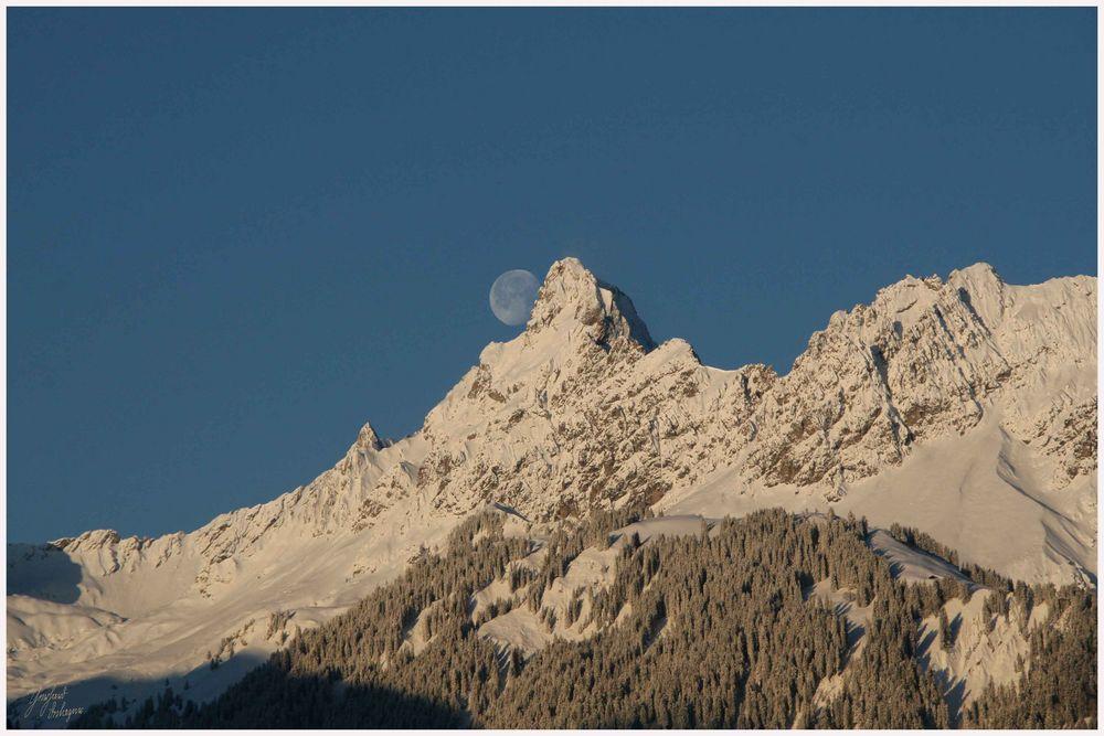 Monduntergang im Montafon