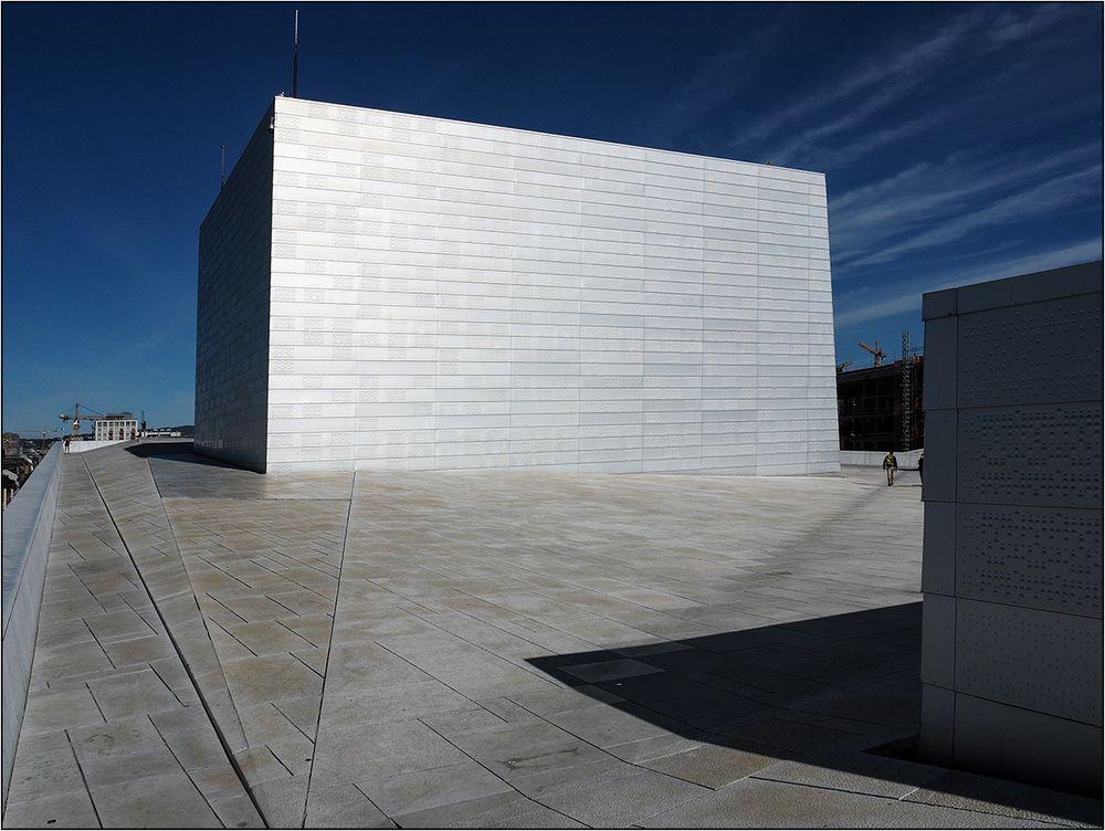 Monolith farbig