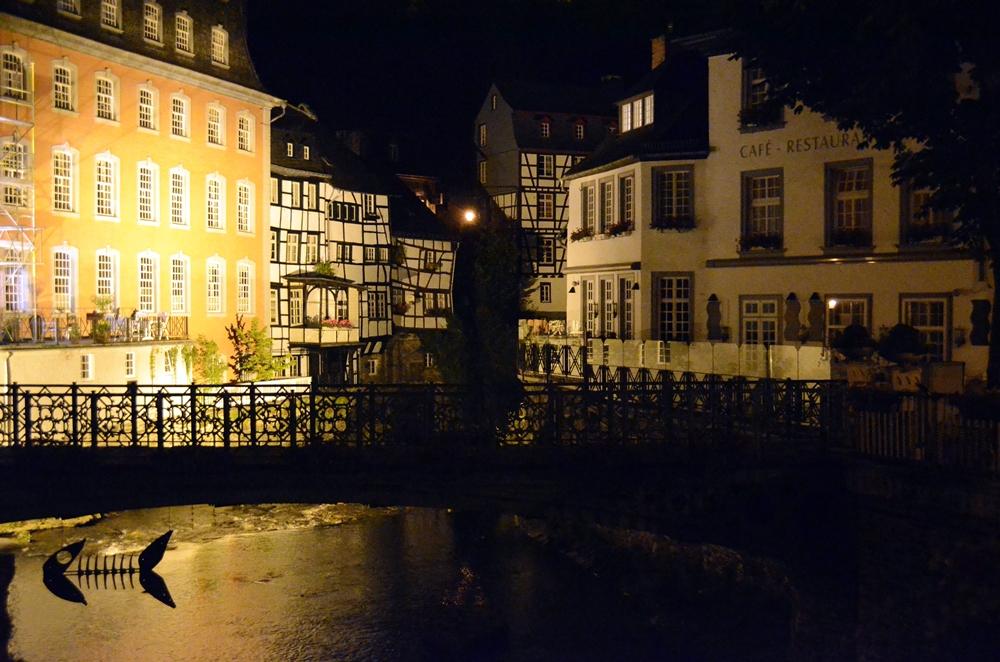 Monschauer Altstadt bei Nacht