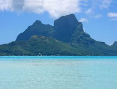 Mont Otemanu Bora Bora (Ostseite)