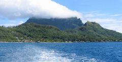Mont Otemanu Bora Bora Panorama (2 Bilder)