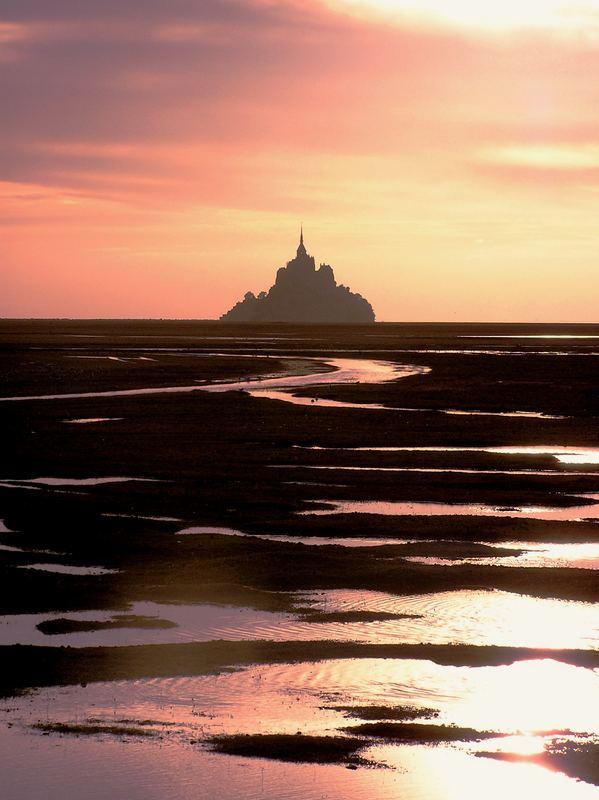 Mont St. Michel gegen die abend