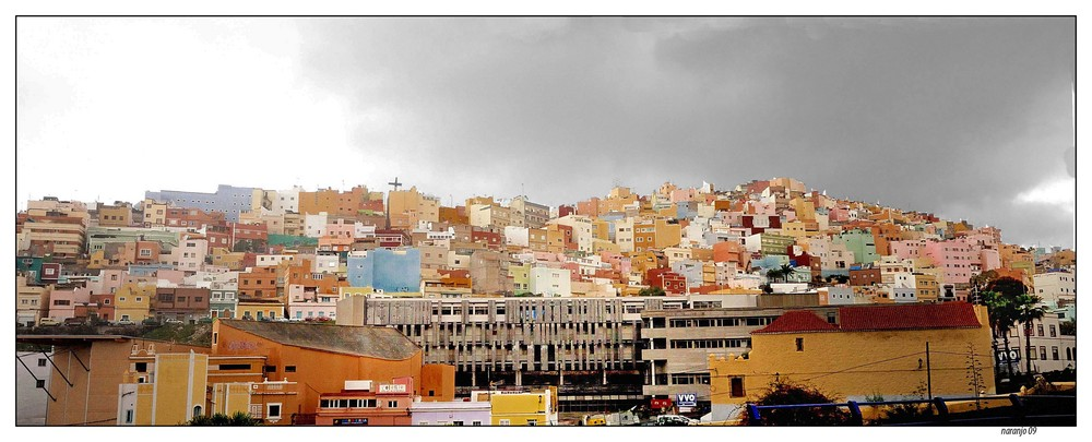 Monta As De Casas Barrio De San Juan Dedicada A Tucan
