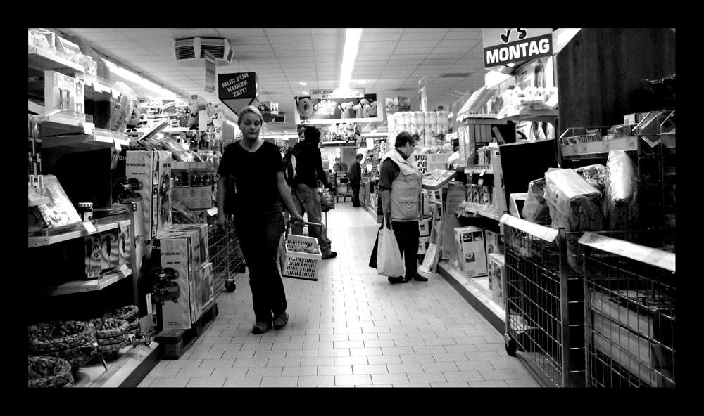 Montag - Ansichten eines Einkaufswagens