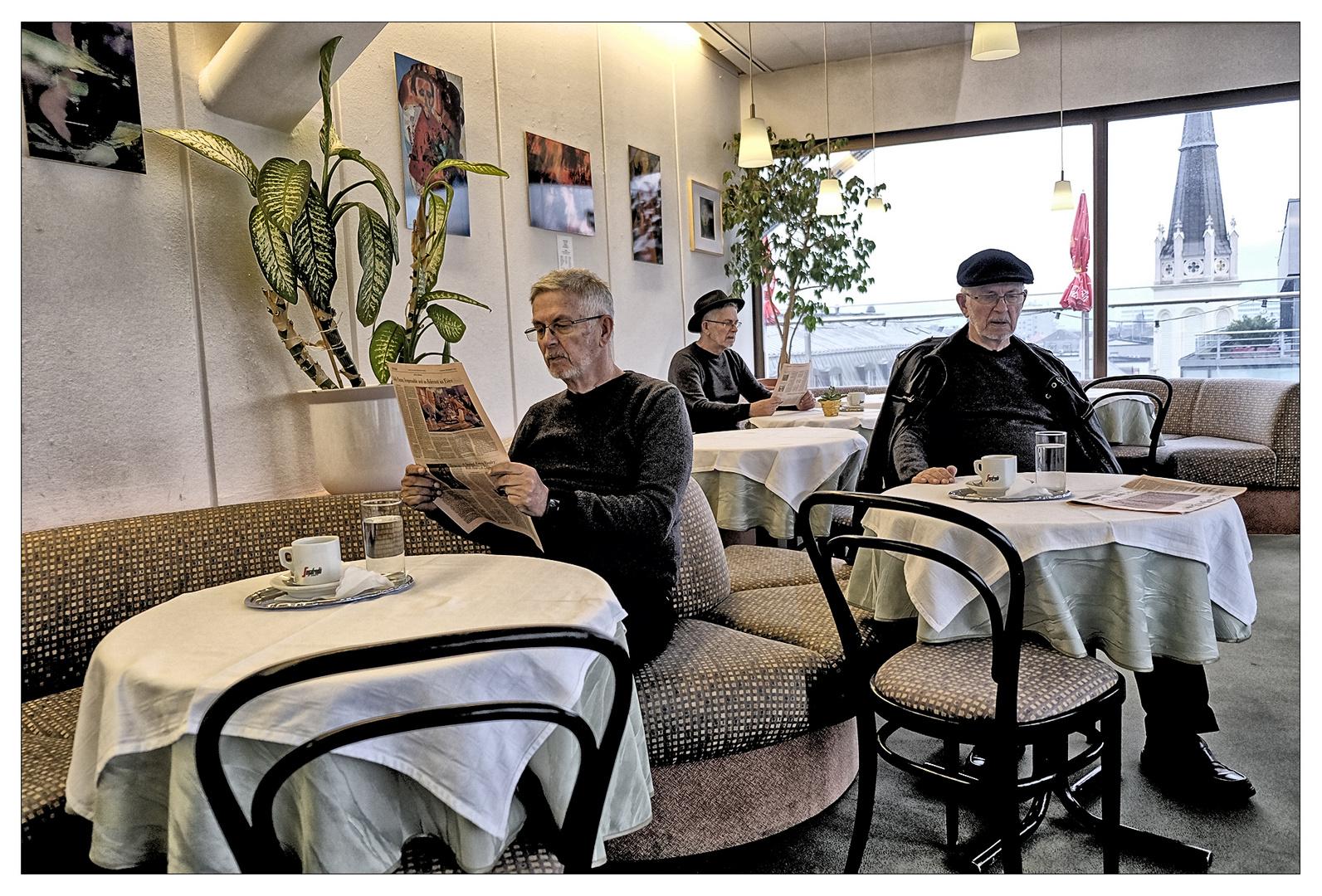Montag - im Cafe !