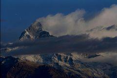 montagnes de l anapurna