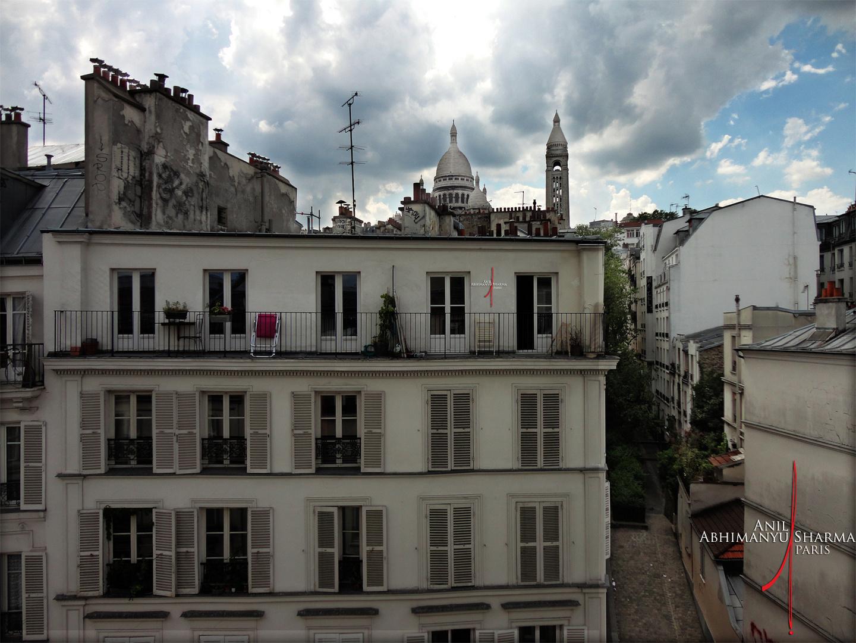 Montmartre • Grey Sky • LifeStyle