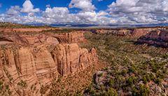 Monument Canyon mit Coke Ovens, Colorado NM, USA