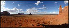 [ Monument Valley - Artist Point mit Fotograf ]