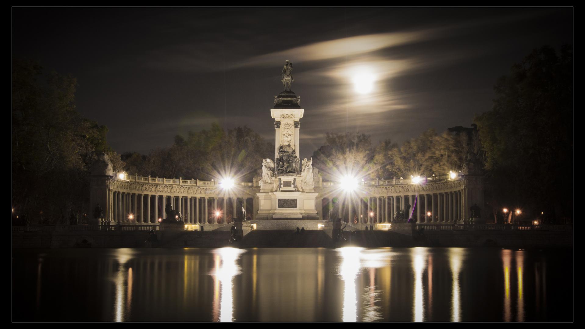 Monumento a Alfonso XII de España