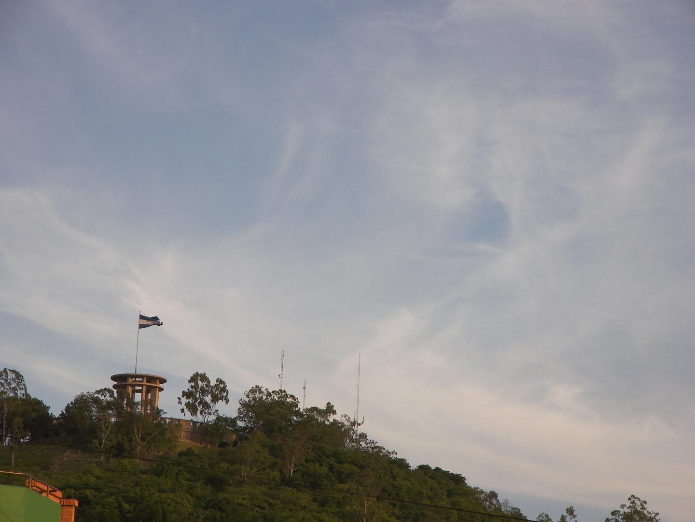 Monumento a la paz, Cerro Juan A. Lainez, Tegucigalpa