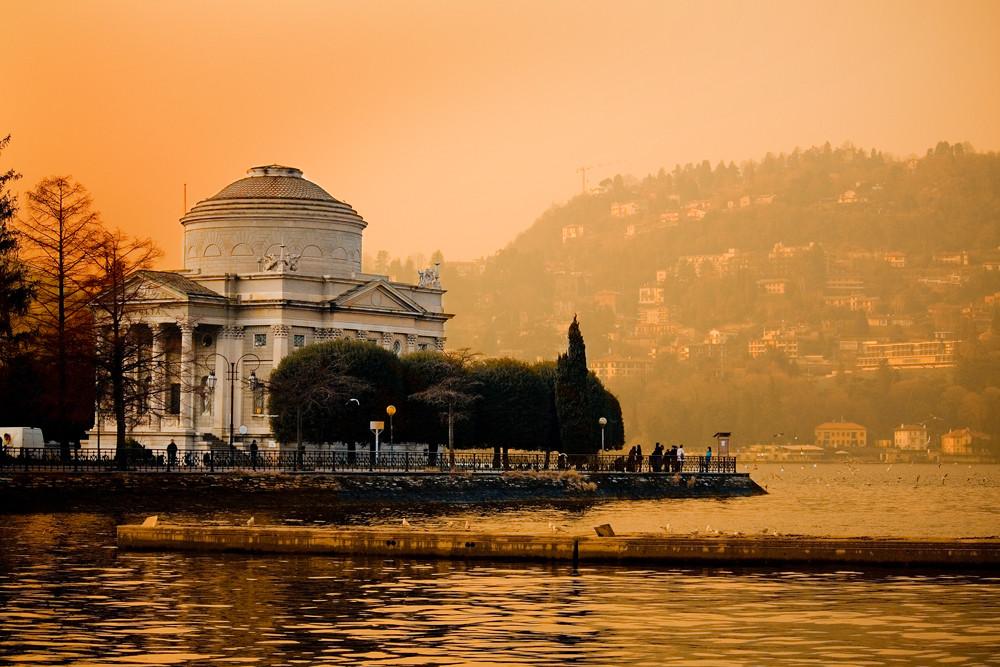Monumento A. Volta (Como)
